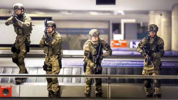 """بعد اغلاقه .. مطار """"أتاتورك"""" الدولي يحتضن أعمال تصوير أول مسلسل بوليسي (صور) 2"""