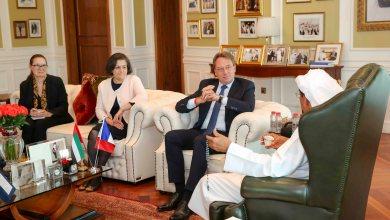Photo of خلف الحبتور يستقبل سعادة لودوفيك بوي، السفير الفرنسي لدى دولة الإمارات