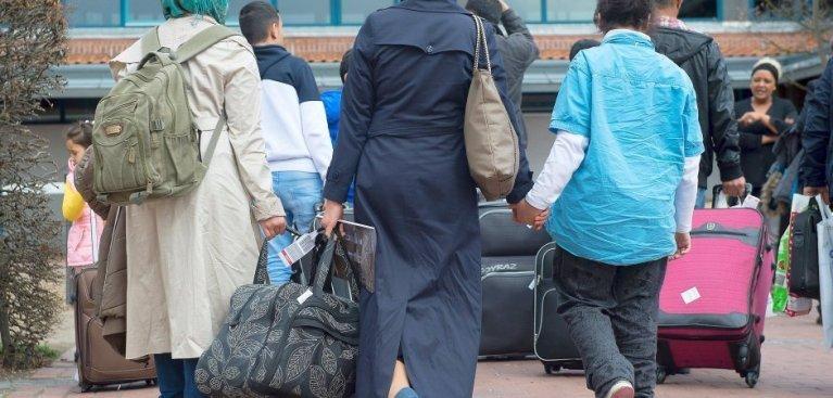 ألمانيا تستقدم العشرات من اللاجئين السوريين