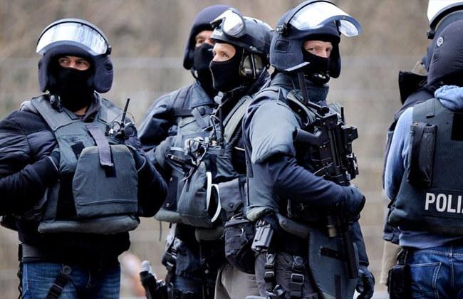 ضبط 7 أشخاص في ألمانيا على خلفية خطابات تهديد إلكترونية لمساجد و أحزاب