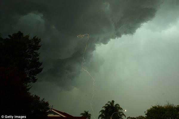 ألمانيا : تحذيرات من أمطار وعواصف ورياح قوية