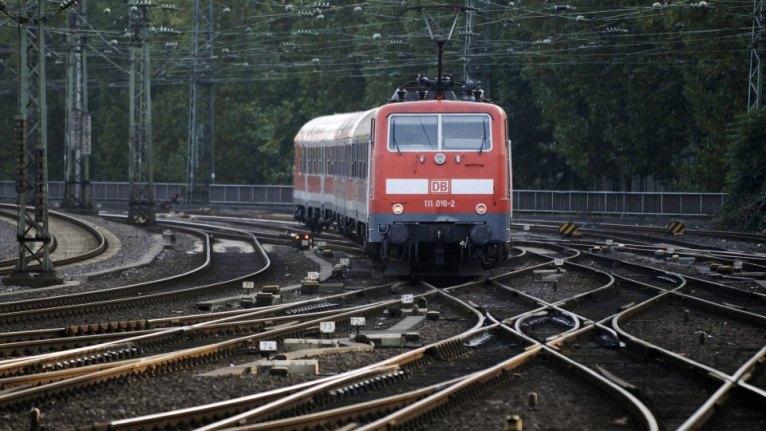 حالة طارئة تتسبب باستنفار أمني قرب محطة قطار مدينة ألمانية