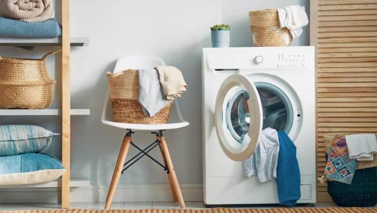 عند أي درجة حرارة يجب غسل الملابس للقضاء على كورونا؟