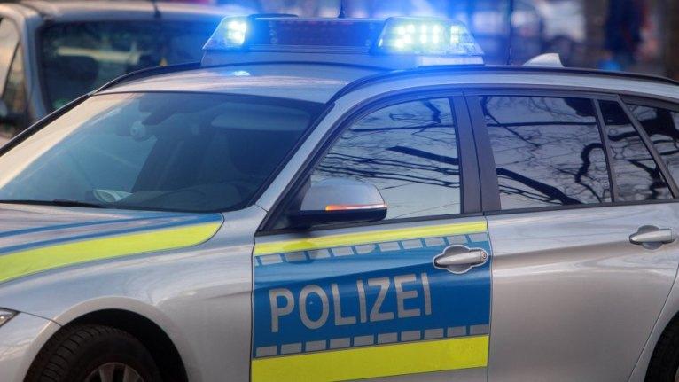 شاب يهدد الشرطة الألمانية بعدوى فيروس كورونا