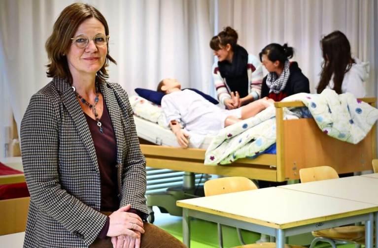 فرصة جديدة للاجئين من دون معرفة باللغة الألمانية