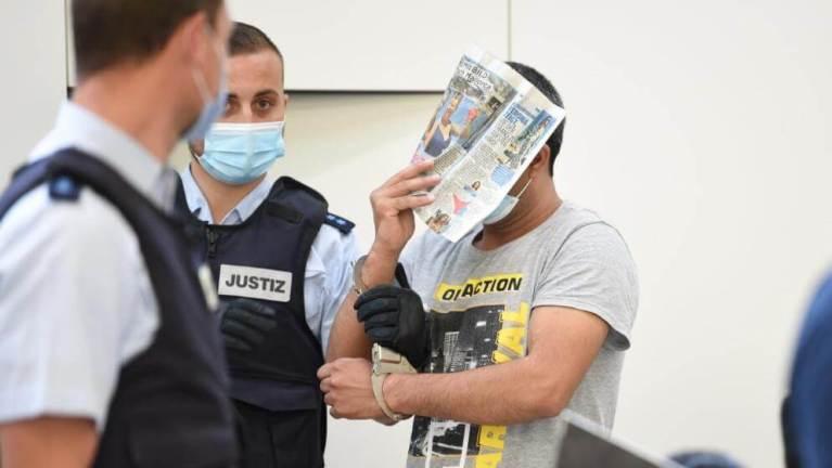 محاكمة خمسة لاجئين خدروا فتاة واغتصبوها في مدينة ألمانية