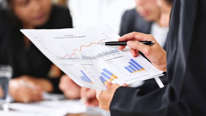 أسهل التخصصات الجامعية : إدارة الأعمال