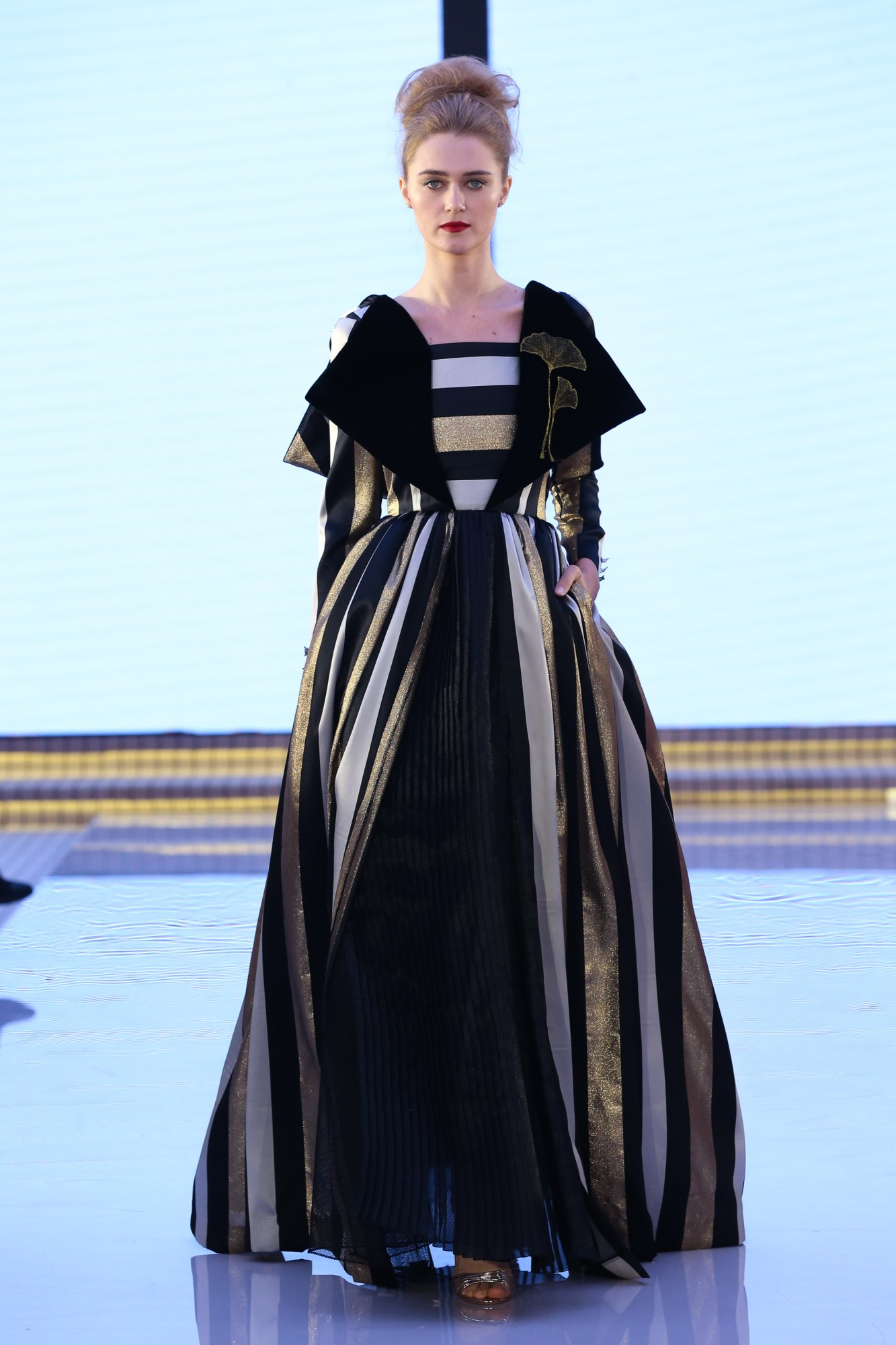 Aram Designs Ready Couture Fall Winter 2018 Collection Dubai Fashion Week