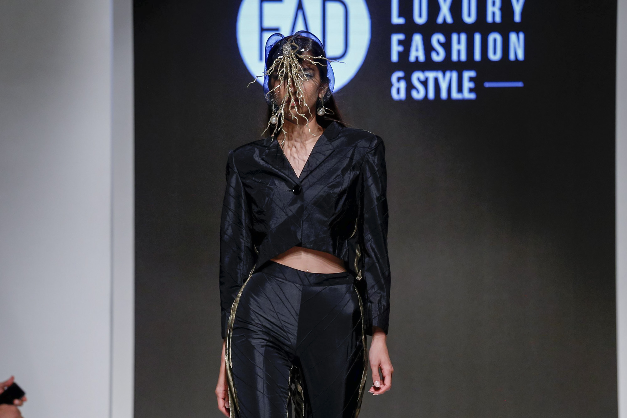 FAD INSTITUTE OF LUXURY FASHION & STYLE 2019 Collection Arab Fashion Week in Dubai
