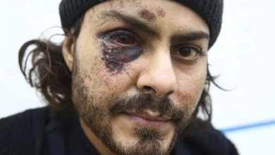 صورة شاب مصري يتعرض للضرب المبرح من الجنود عند محاولته العبور الى اليونان
