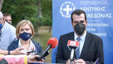 صورة وزير الصحة ليوناني يستبعد فرض إجراءات إضافية للوباء خلال زيارة لسالونيك