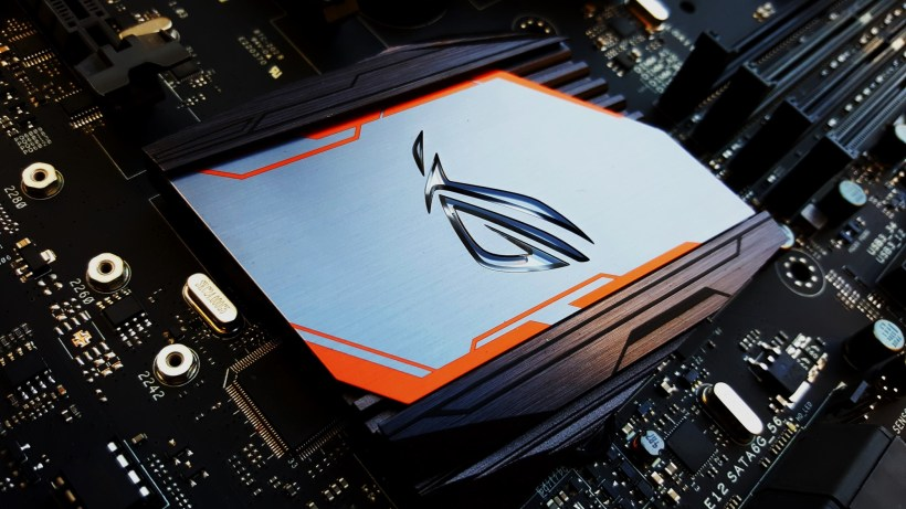 20-Asus Z170 Maximus VIII Extreme Assembly