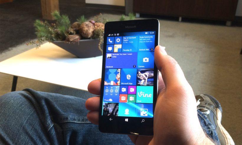 Nokia_Lumia_950_v3