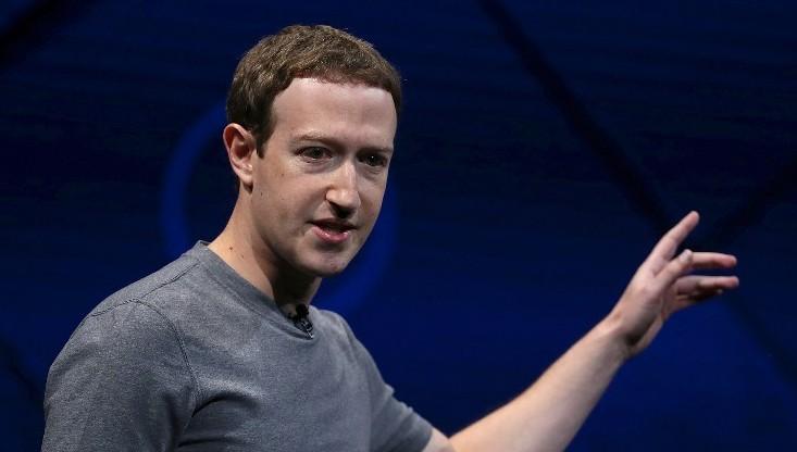 فيسبوك- Zuckerberg