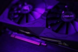 ASUS ROG STRIX RX 570 OC (16)