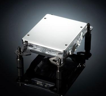 معالجات AMD Threadripper تحصل على بلوك مائي مميز من Phanteks