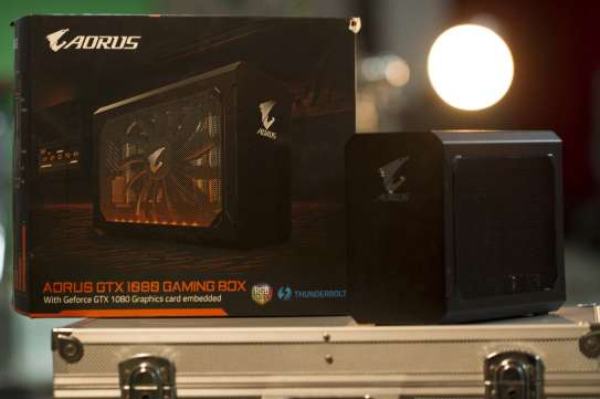 Gigabyte AORUS GTX 1080 Gaming Box (1)