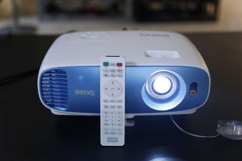 BenQ TK800 Projector (9) Uses pixel Shifting