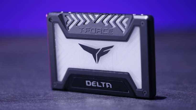 Team Delta RGB SSD 250 GB (5)