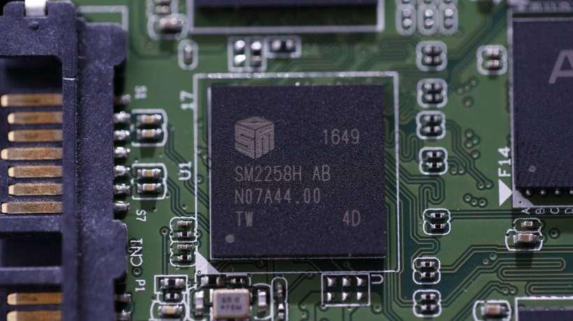 ADATA XPG SX950U 240GB SSD Controller SM2285