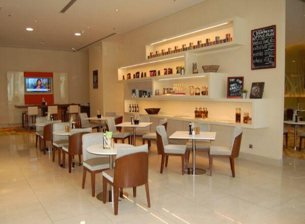 Fifth Street Cafe Courtyard Marriot WTCAD Abu Dhabi Arabian Notes 8