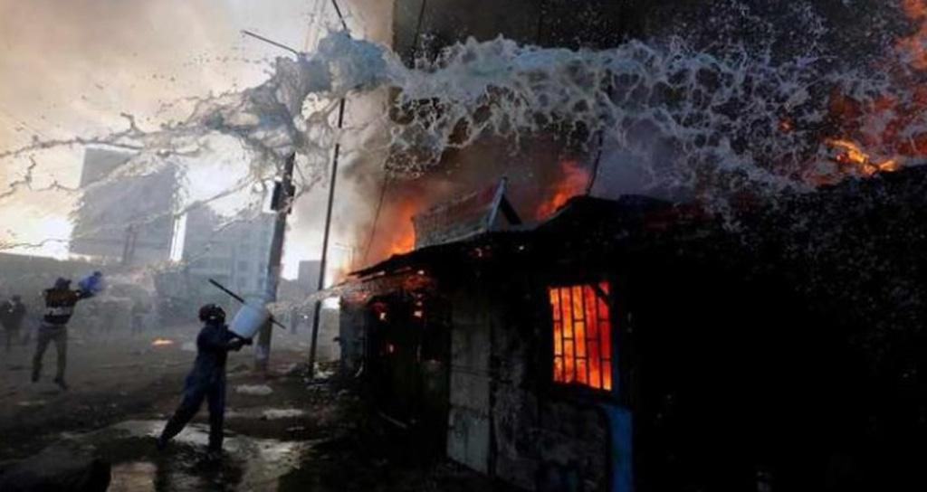 حريق في أكبر سوق بالعاصمة الكينية أسفر عن 15 قتيلا