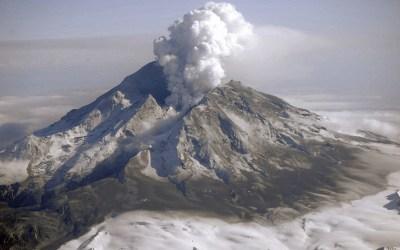 صقيليا بين الصقيع الهزات الأرضية وغضب بركان إتنا