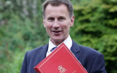وزير الخارجية البريطاني الجديد يستهل أولى جولاته بزيارة الى الصين