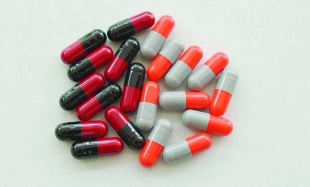 """احذروا هذا المضاد الحيوي الشائع.. أُدرِجَ في قائمة الأدوية """"الخطيرة""""!"""