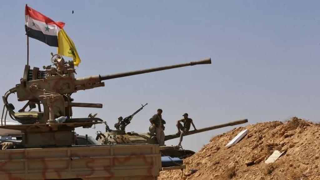 """فصائل مسلحة تسلم """"بصرى الشام"""" للسلطات السورية"""