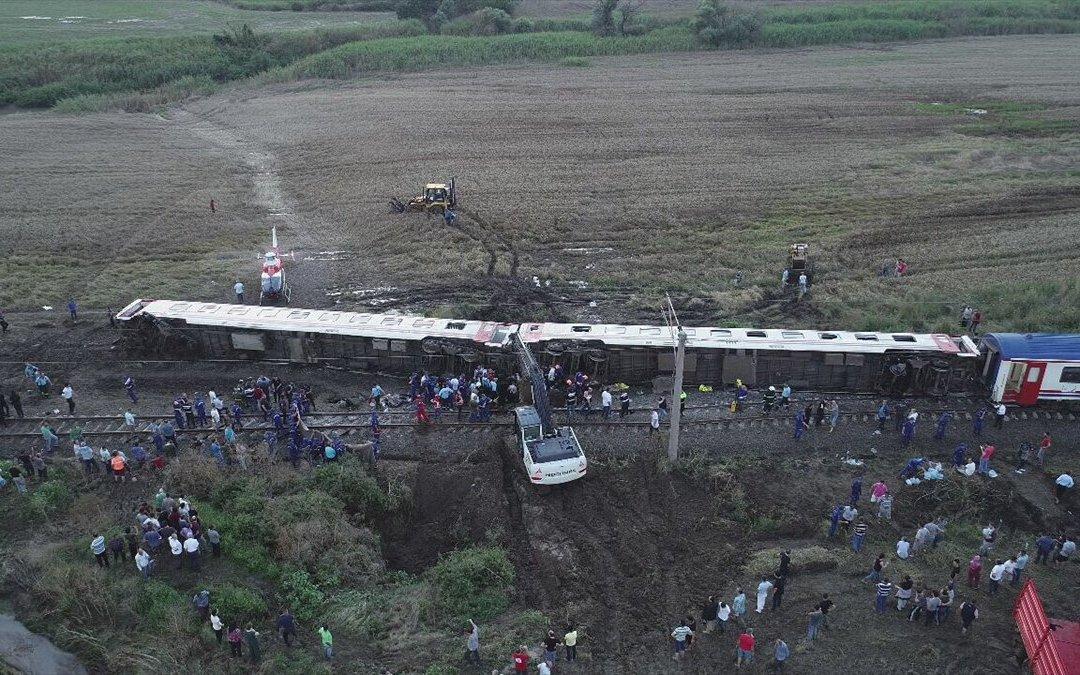 تركيا تكشف عن حصيلة قتلى حادث القطار