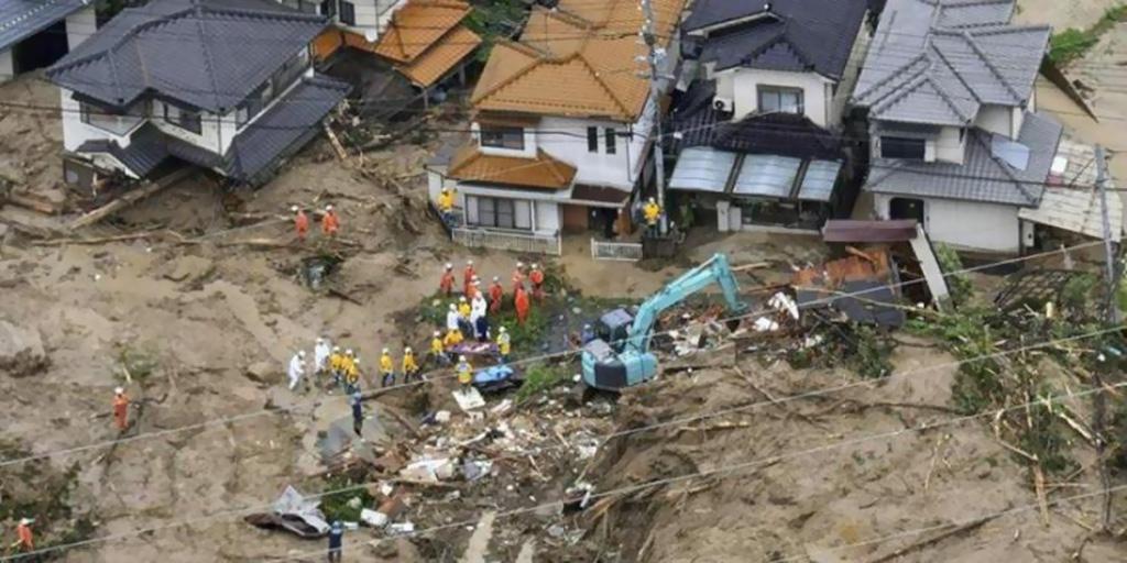 رجال الإنقاذ في إندونيسيا واصلوا البحث عن ناجين بعد الزلزال المدمر