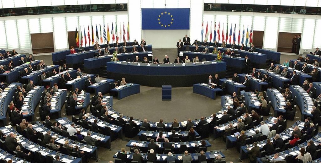 الاتحاد الأوروبي دان التوترات في فنزويلا