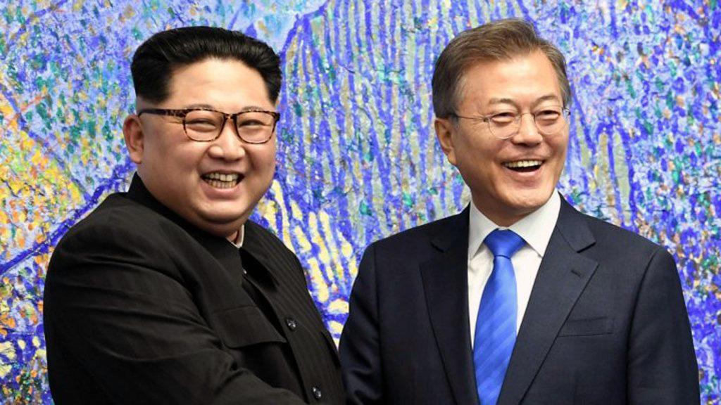 الرئيس الكوري الجنوبي وصل إلى بيونغ يانغ لعقد قمة بين الكوريتين
