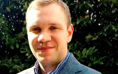 عودة البريطاني ماثيو هيدجز المدان بالتجسس في الإمارات إلى لندن