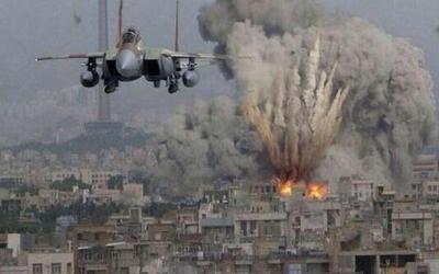 طائرات الاحتلال تستهدف قطاع غزة بعشرات الصواريخ