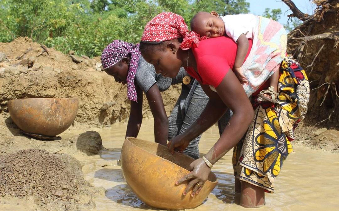 24 طفلا ضحايا مذبحة عرقية في مالي