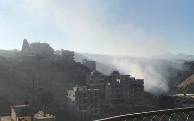 حريق نفايات برجا… والدخان يخنق الاهالي