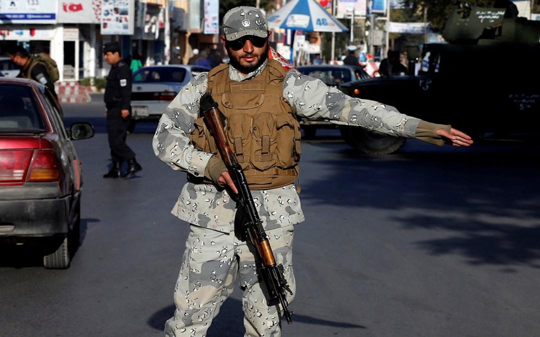 طالبان تقتل 14 عضوا في ميليشيا موالية للحكومة بأفغانستان