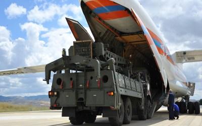 """روسيا: قد نتوصل قريبا إلى صفقة مع تركيا لتزويدها بدفعة إضافية من """"إس-400"""""""