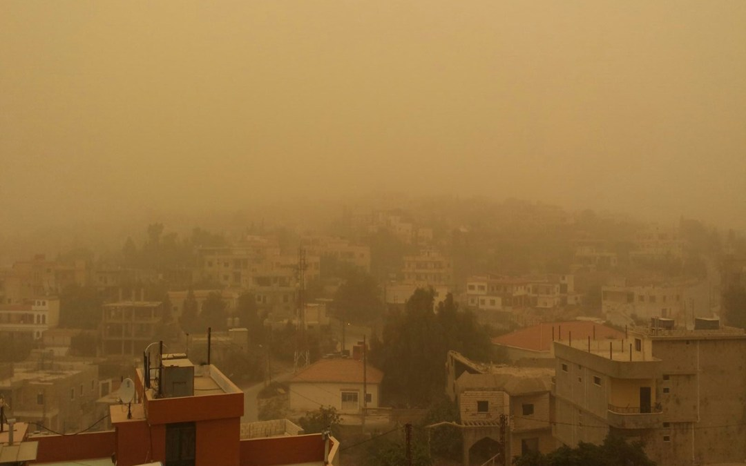 """أخبار مضللة تثير الذعر عن """"سحابة ثاني أكسيد الكبريت فوق الشرق الأوسط"""""""