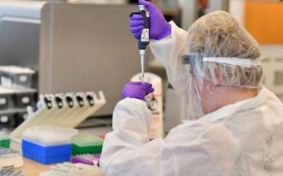 """شركة """"إر-فارم"""" الروسية: وصول دواء """"كورونافير"""" المضاد لفيروس كورونا إلى الصيدليات الروسية"""