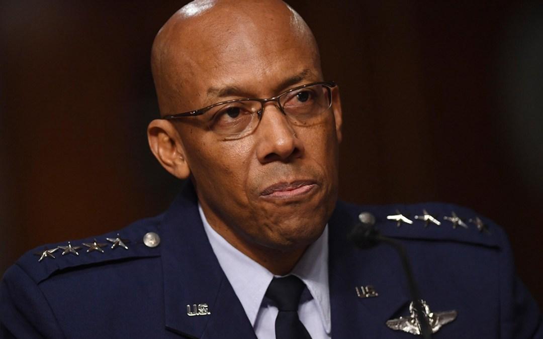 """مجلس الشيوخ الأميركي يصادق على تعيين أول قائد """"أسود"""" لسلاح الجو"""