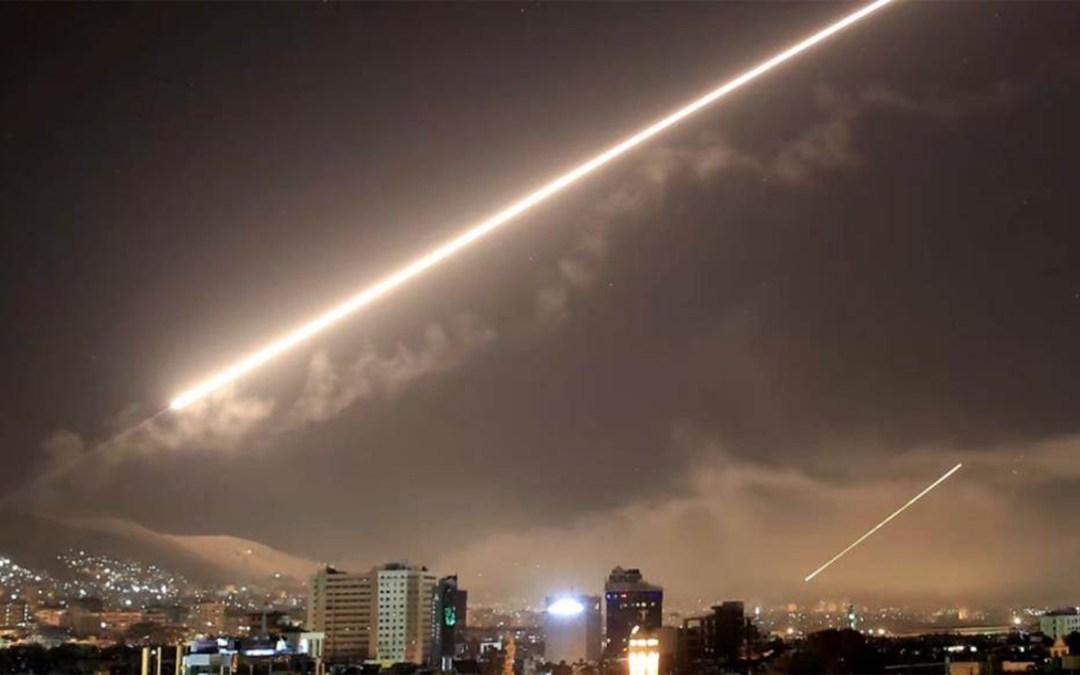 سانا: دفاعاتنا الجوية تصدت لعدوان إسرائيلي في محيط دمشق