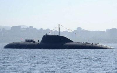 روسيا تعزز أسطولها البحري بثلاث غواصات نووية