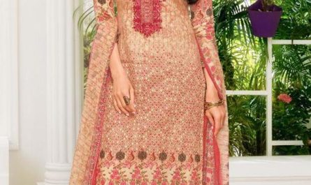 Bollywood Actress Karisma Kapoor HD Images In Latest Salwar kameez Designs
