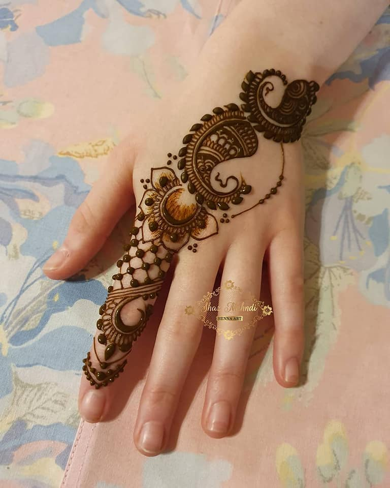 Simple Stylish 50 New Bridal Mehndi Designs 2020 Trends Images