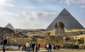"Photo of ""تليجراف"" تضع الأهرامات على رأس الأماكن الواجب زيارتها قبل الموت"