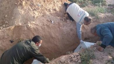 Photo of قصة متطوع تونسي تكفل بدفن أموات المهاجرين غير الشرعيين