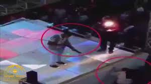 Photo of شاهد لحظة مقتل طفل مصري برصاصة طائشة بحفل زفاف